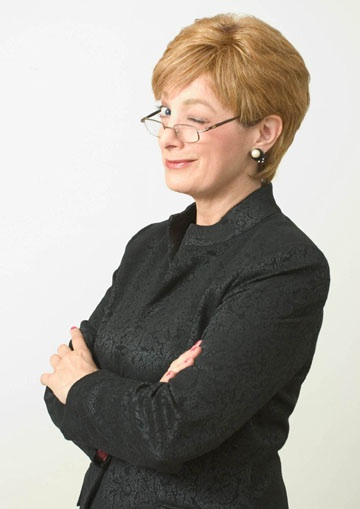 anne robinson lookalike impersonator