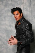 Elvis presley lookalike tribute