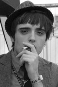 pete doherty lookalike