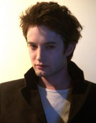 robert pattinson lookalike