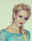 Elsa Lookalike