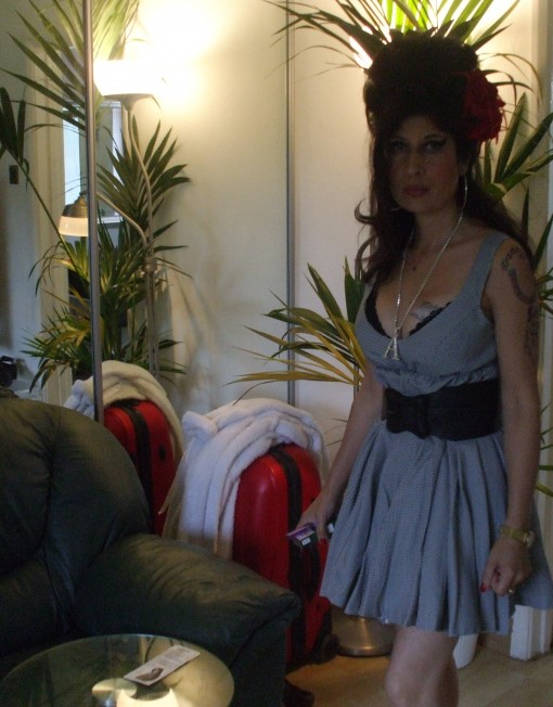 Amy Winehouse Lookalike