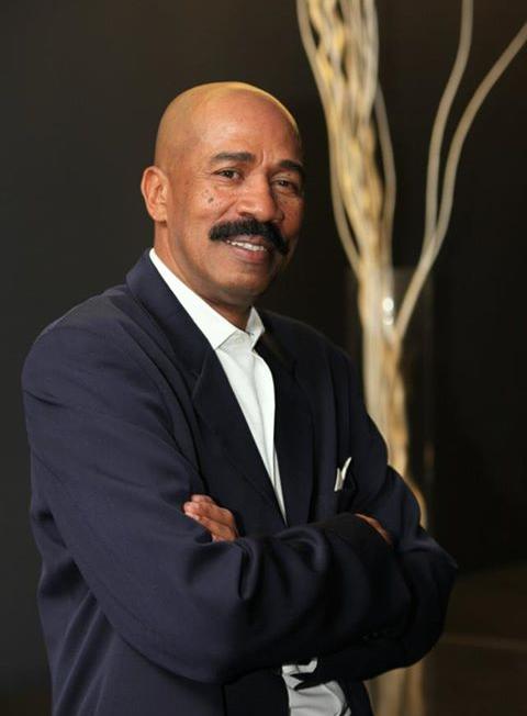 Steve Harvey Lookalike