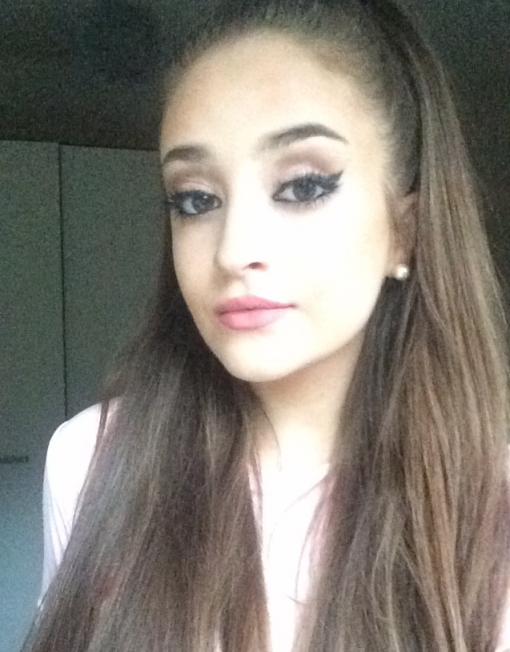 Ariana Grande tribute