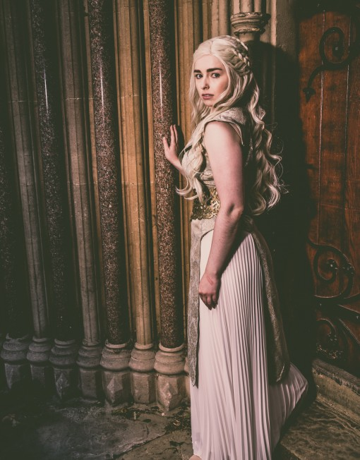 Daenerys Targaryen Lookalike
