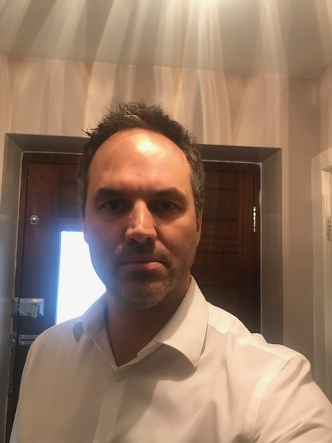 Mark Ruffalo Lookalike