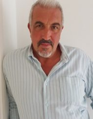 Paul Hollywood Lookalike