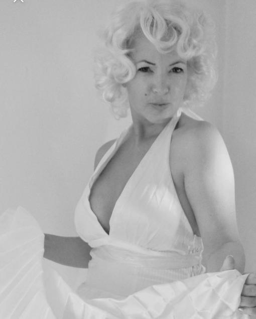 Marilyn Monroe Lookalike