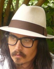 johnny depp lookalike