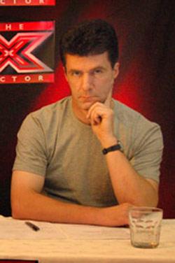 simon cowell lookalike on Britains Got Talent