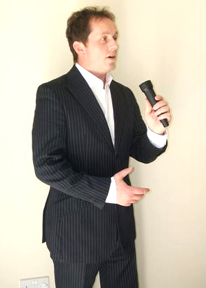 Dec Donnelly Lookalike