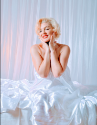 marilyn monroe lookalike