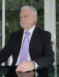 Alan Sugar Lookalike