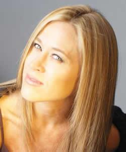 Jennifer Aniston Lookalike