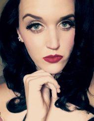 Katy Perry Lookalike (US)